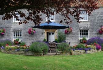 Double-Gate Farm Bed and Breakfast